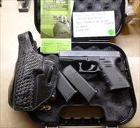 Used Glock 23 .40 Caliber Pistol with NEW Night Sights, 2 x Mag(s), Glock Box & Holster