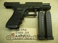 CALIFORNIA SPECIAL: Used GLOCK 22 with 2 10-Round Mags, .40 Caliber Police Trade-In, Night Sights