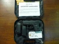 Used Glock 27 Sub Compact .40 Caliber Pistol, 2 x 9-round Mags, Night Sights, Gen-3