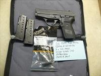 Used Sig P239, 239 9mm Pistol with 3 magazines, night sights & zipper bag