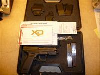 "NEW Springfield XD Service Model .45 Pistol, 4"" Barrel, 2 x 10 Rd Mags, Thumb Safety, Holster, Mag Pouch & Mag Loader"