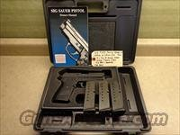 Used Sig P239, 239 9mm Pistol, 3 x Sig Mags, Night Sights, Sig Box & Manual / Police Trade-In / California Legal