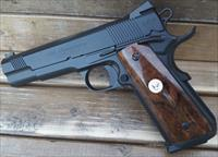 Make an Investment WILSON COMBAT 40 ANNIVERSARY 1 of 400 w/Walnut Glass Case /EZ Pay $166