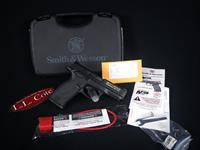 "Smith & Wesson M&P-22 12Round Threaded 22lr 4"" NEW 222000"