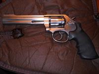 "Smith & Wesson 617 10 shot .22 LR 6"" Stainless"