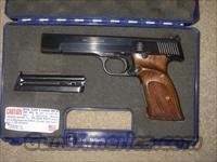 Smith & Wesson Model 41 -  NRA 95% +