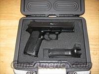 Sig Sauer SP2022 Pistol SP2022-40-B, 40 Smith & Wesson, 3.9 in, Polymer Grip, Black Finish, Contrast Sights, 10 Rd