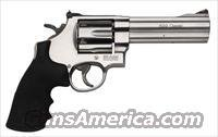 "Smith & Wesson 629 Classic Revolver 163636, 44 Remington Mag, 5"", Rubber Grip, Satin Stainless Finish, 6 Rd"