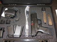 Springfield XDM Compact Pistol XDM9384CBHC, 40 S&W, 3.8 in, Polymer Grip, Black Finish, 16 Rd