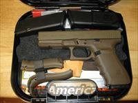 Glock 20 Gen4 Pistol PG2050204D, 10mm, 4.61 in, Polymer Grip, Full Flat Dark Earth Finish (FDE), Fixed Sights, 15 Rd