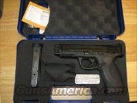 "Smith & Wesson M&P 45 Pistol 109106, 45 ACP, 4 1/2"", Plastic Grip, Black Finish, 10 Rd, Lanyard Ring"