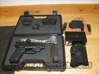 "Springfield XD Package XD9611HCSP06, 45 ACP, 4"", Checkered Polymer Grip, Black Finish, 13 Rd, Crimson Trace, Night Sights"