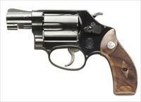 "Smith & Wesson 36 Classic Revolver 150184, 38 Special, 1 7/8"", Altamont Service Wood Grip, Blue Finish, 5 Rd"