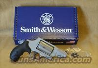160410 Smith & Wesson Governor Stainless - 45 Colt/45 ACP/410
