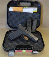 Glock 23 Gen 3 w/trijicon sights - 40 S&W - Used with box