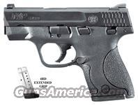 Smith & Wesson M&P40 Shield, .40S&W, SKU #180020, Black Melonite Stainless Steel Finish, SKU #180020, White DOT Low Profile Sights...