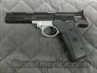 Smith & Wesson Model 22A  22 LR  **NEW**