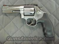 Smith & Wesson Model 686 Plus 4 inch 7 Shot 357 Mag  **NEW**