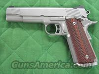 Kimber Gold Combat Stainless II 45 ACP  **NEW**