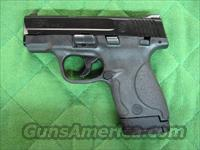 Smith & Wesson M&P 9 Shield  **NEW**