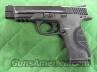 Smith & Wesson M&P 9 Pro Series 9 mm  **NEW**