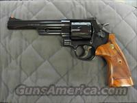 Smith & Wesson Model 57 Classic 41 Magnum  **NEW**