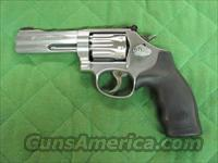 Smith & Wesson Model 617 22 LR 4 Inch  **NEW** 160584