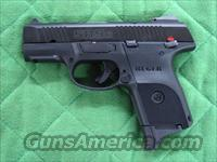 Ruger SR9c 9 mm  **NEW**