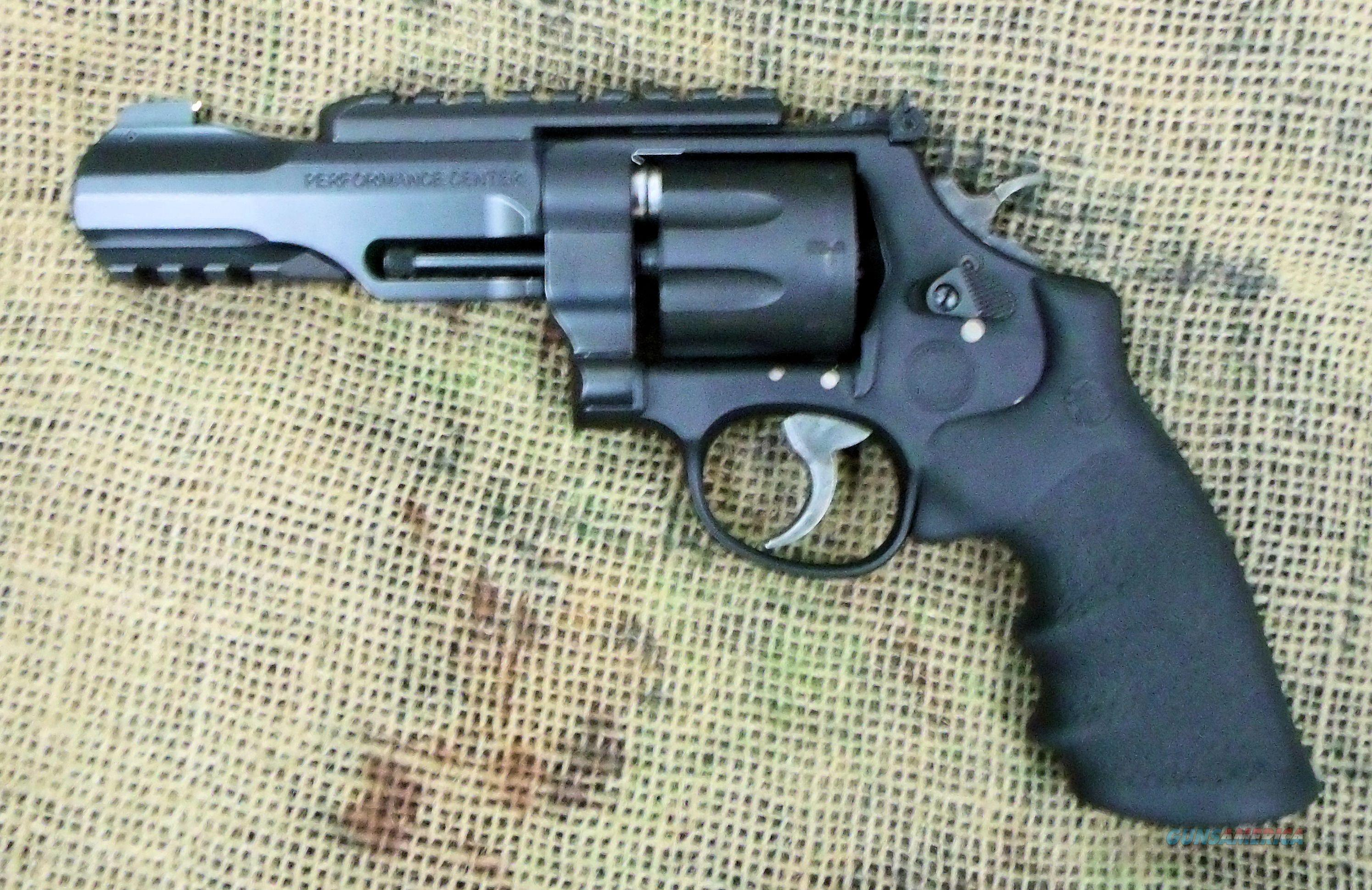 SMITH & WESSON Mod. 327 TRR8 Revolver, 357 Mag.... for sale