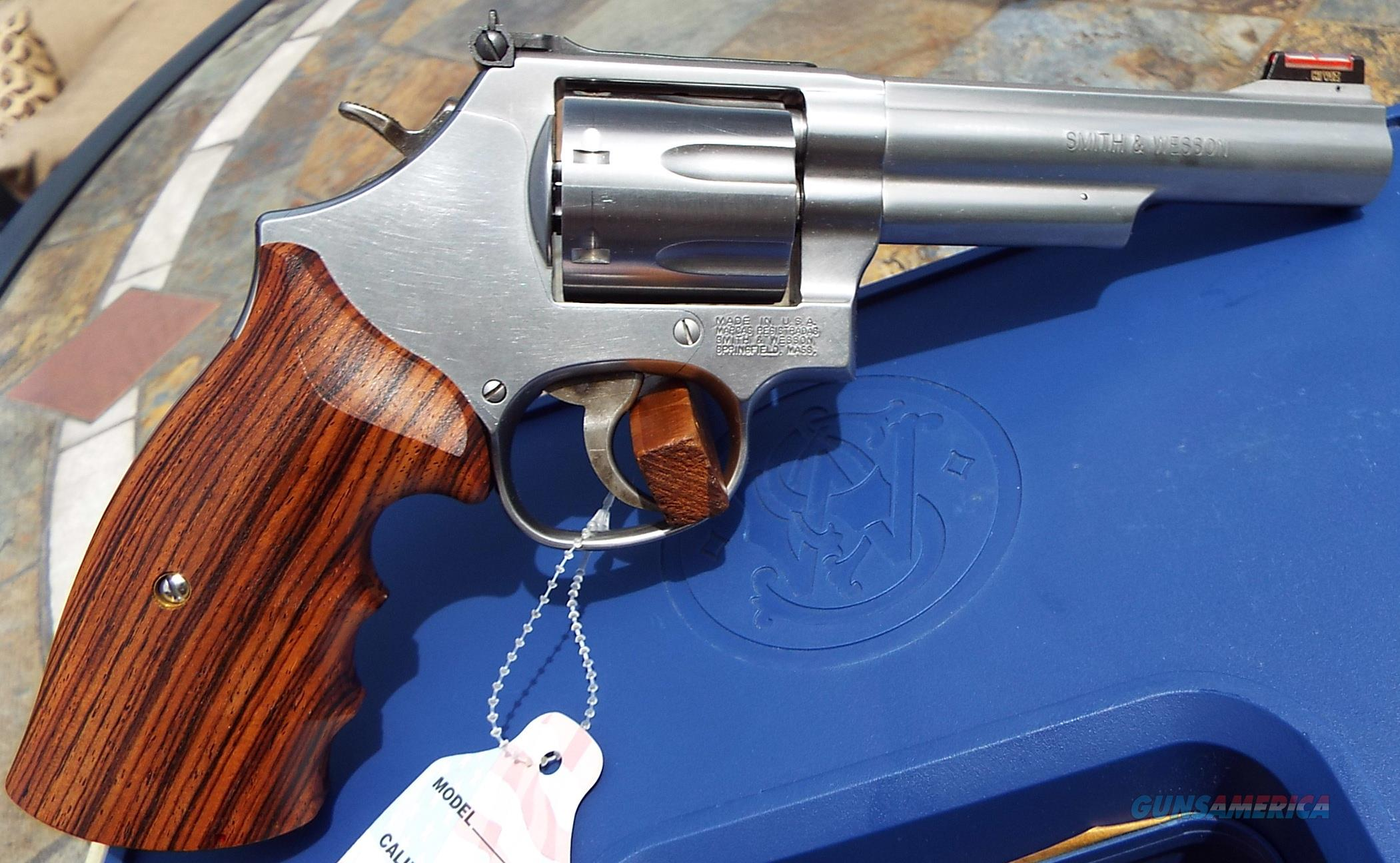 Ltd. Edition S&W Smith 686 Stainless 5\