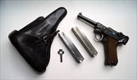SIMSON / SUHL GERMAN LUGER RIG W/ 2 MATCHING # MAGAZINES