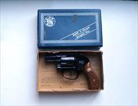 SMITH & WESSON - AIR WEIGHT - SNUB NOSE -MODEL 38 REVOLVER  WITH ORIGINAL BOX