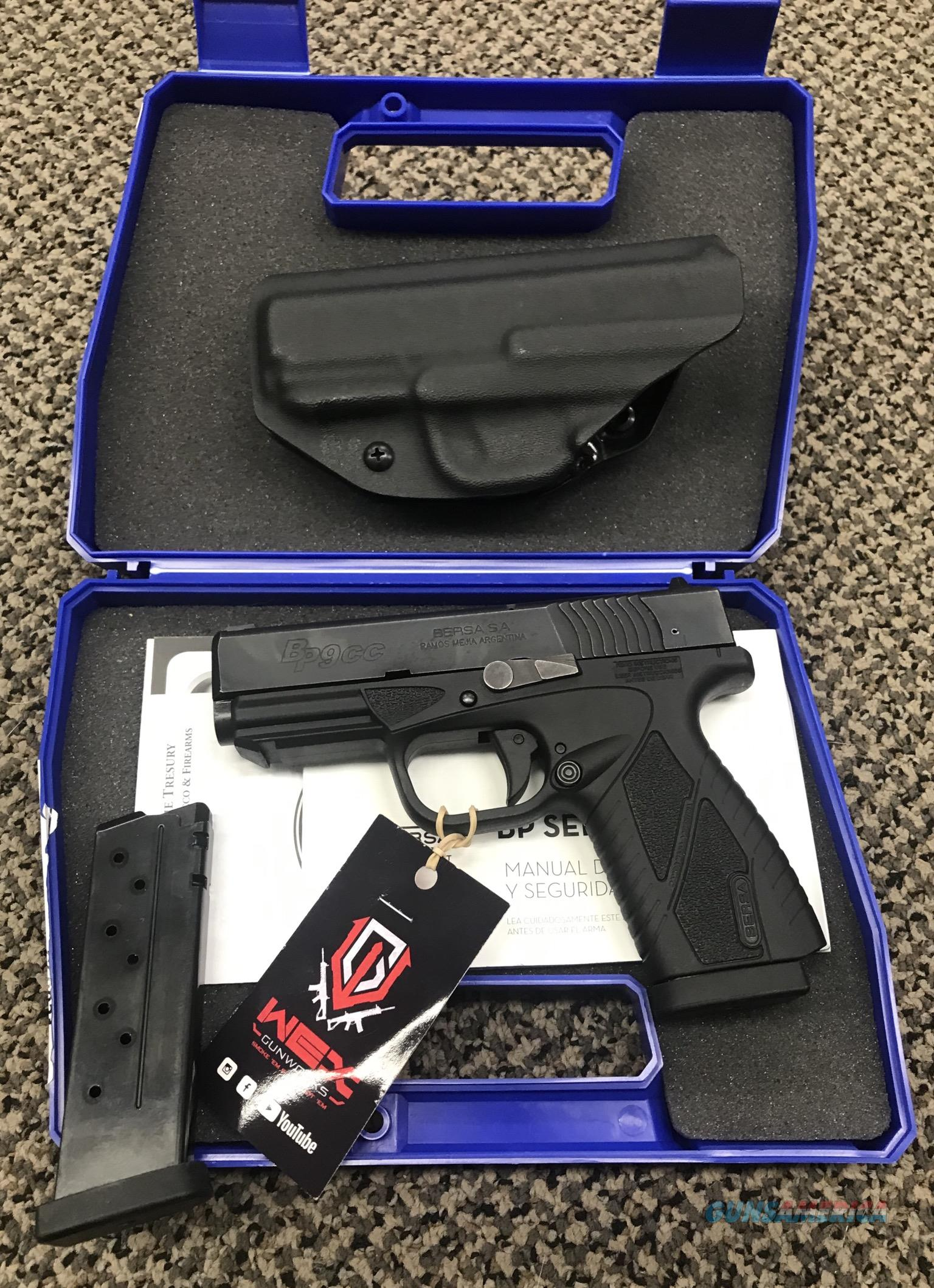 BERSA BP9CC 9MM TWO MAGAZINES HOLSTER BOX PAPERS