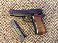 BERETTA  84F .380ACP  MADE IN ITALY WITH TWO MAGS