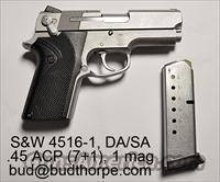 Smith and Wession 4516-1 pistol .45ACP