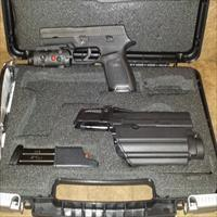 "SIG Sauer P250 TacPac Semi Auto Pistol .40 S&W 4.7"" Barrel 14 Rounds Polymer Frame Accessory Kit Black. Price Reduced!"