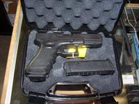 "USED GLOCK 22 40CAL GEN-3.  2-15RD MAGS. TRIJICON NS. LAW ENFORCEMENT TRADE. GOOD+CONDITION! ""PRICE REDUCED!!!"""