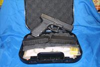 NICE PRE-OWNED GLOCK 22. GEN 3. 40 S&W. LAW ENFORECEMENT TURN  IN. GOOD + CONDITION !