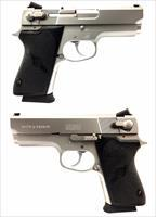 Smith & Wesson Model 4516-1 Semi-Automatic Pistol
