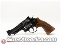 Smith and Wesson 29 - 10 .44 Magnum NEW 4""