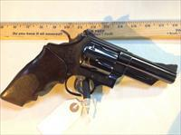 Smith & Wesson Model 29 4 Screw 44 Mag