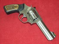 Ruger SP101 Revolver (.327 Fed. Mag.)