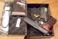 Sig Sauer P226 R Rosewood 9mm NEW 3 15-rd mag Night Sights