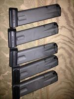 5 Sig Sauer Factory New P226 9mm, .40 20 round lot
