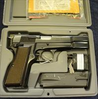 Browning Hi Power Vigilante, 9mm, NEW IN BOX, 2 thirteen round mags.