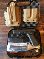 Glock 17 Gen 4 Night Nights 3 Mags W/ DSG Holster & Pouch Used