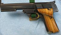 "HIGH STANDARD ""THE VICTOR""  .22LR MANUFACTURED IN 1976  IN HAMDEN"