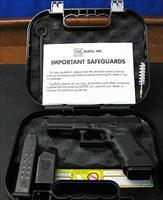 GLOCK MODEL G22 GEN 3 SEMI-AUTOMATIC PISTOL IN 40 S&W WITH NIGHT SIGHTS & EXRA HI-CAP MAGAZINES