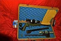 THOMPSON PRO HUNTER, THREE BARREL PISTOL KIT IN LOCKING CASE