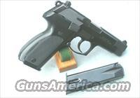 WAlther p88 9mm as new extra mag